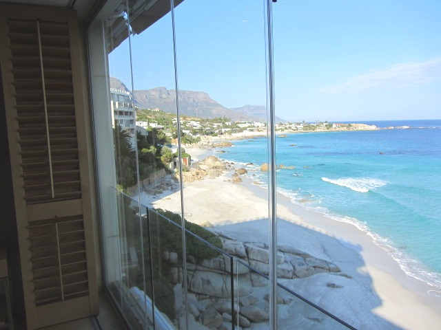 Valhalla 1 Bedroom sea view apartment Luxury Holiday Accommodation Cape Town Atlantic Letting photo