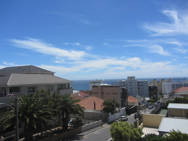 Portman Place 1 bedroom Apartment Bantry Bay bedroom Atlantic Letting luxury Holiday accommodation rental property Cape Town sea view photo