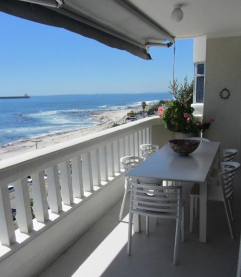 Mimosa Apartment two bedroom Atlantic Letting image Luxury Holiday Rental balcony